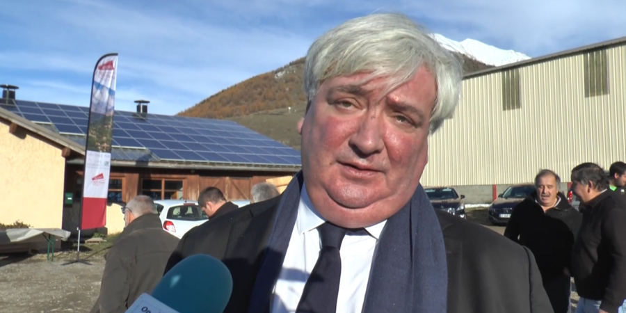 Hautes-Alpes : Le Préfet coordonnateur du plan loup venu constater les dégâts de la prédation dans le Champsaur, à Ancelle ce mardi | D!CI TV & Radio